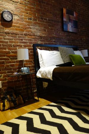 The Boston Christopher: Very stylish room.
