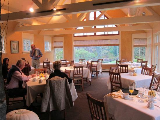 Jackson House Inn : Breakfast room