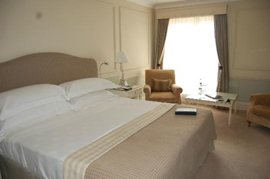 The Merrion Hotel: The room