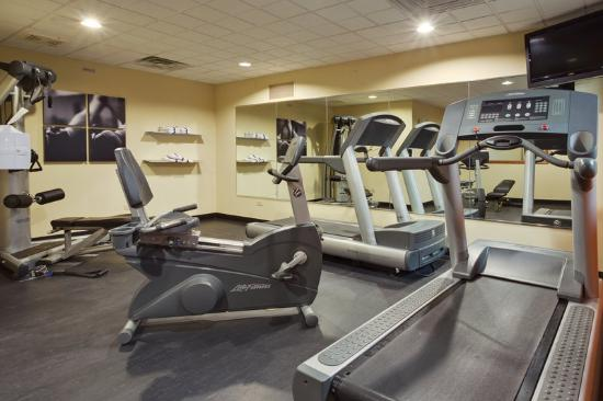 Country Inn & Suites By Carlson, Crystal Lake: CountryInn&Suites CrystalLake FitnessRoom