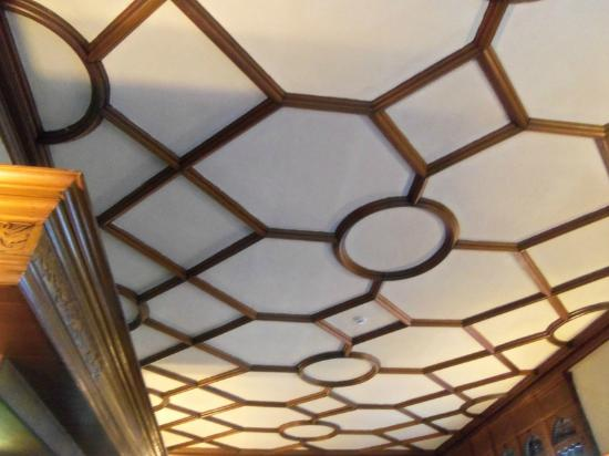Knockderry House Hotel: Detail -- roof of the bar area
