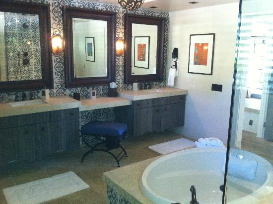 ‪‪Rancho Valencia Resort & Spa‬: Exceptional Bathroom