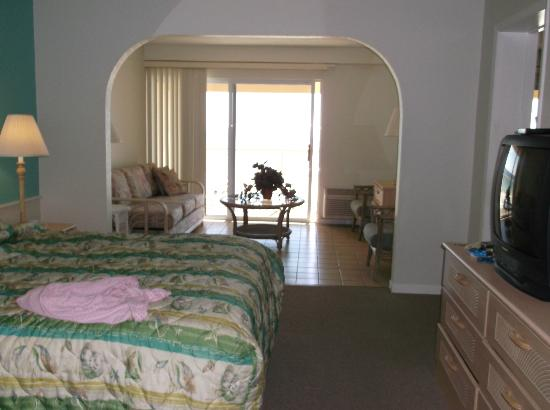 Panama City Resort and Club: bedroom and couch pulls out to make a bed very comfortable!