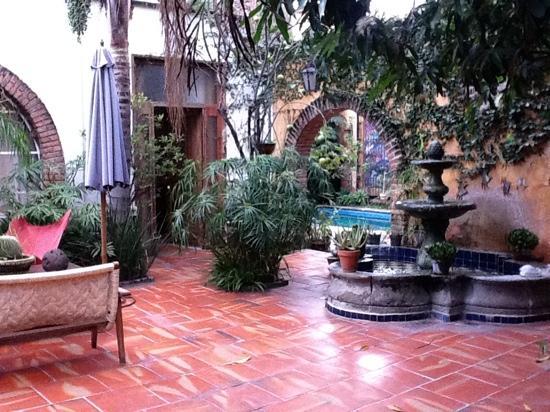 فندق جاليريا كاسا تلاكيبيك: patio