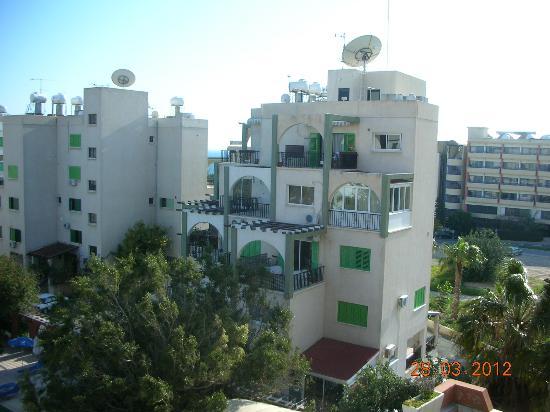 Navarria Hotel: вид