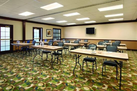 HYATT house Morristown: MORXM_P010 Meeting Classroom