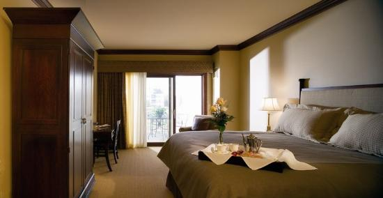 Elkhart Lake, WI: Courtyard Room