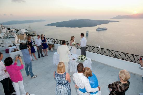 Villa Renos : The ceremony