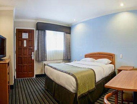Hotel Parmani: Standard Queen