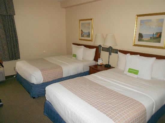 La Quinta Inn & Suites Miami Airport East: beds