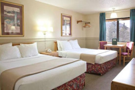 Affordable Inns : Queen