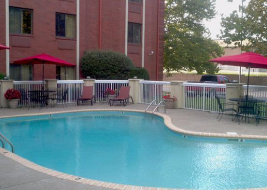 Outdoor Pool Picture Of Sleep Inn Brentwood Tripadvisor
