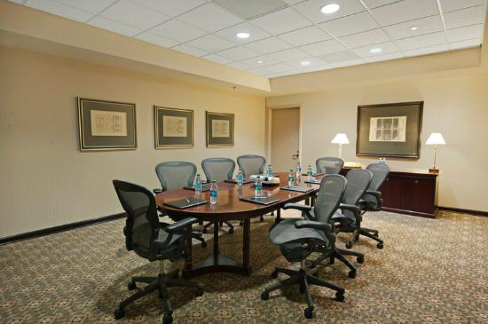 Best Western Plus Dallas Hotel & Conference Center: Meeting Room