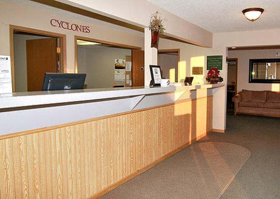 Econo Lodge Ames: IAEcono Lodge Frt Desk