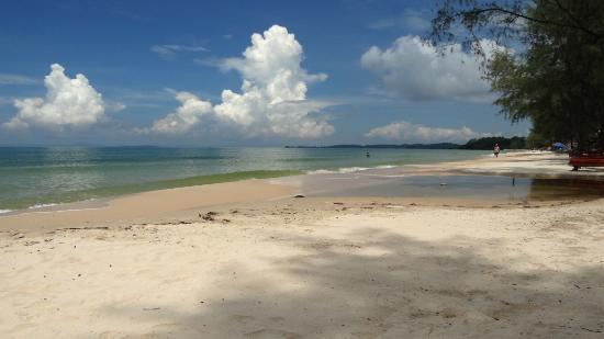 SeaGarden Bungalows: The beach