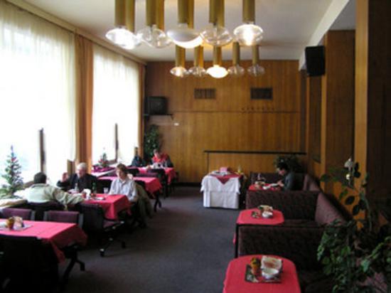 Hotel Grand : Restaurant