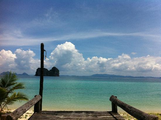 Koh Ngai Thanya Beach Resort: i love the andaman sea!