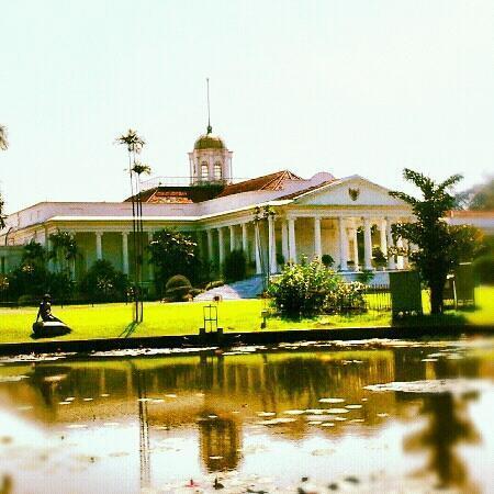 Bogor Palace: Bogor Presidential Palace