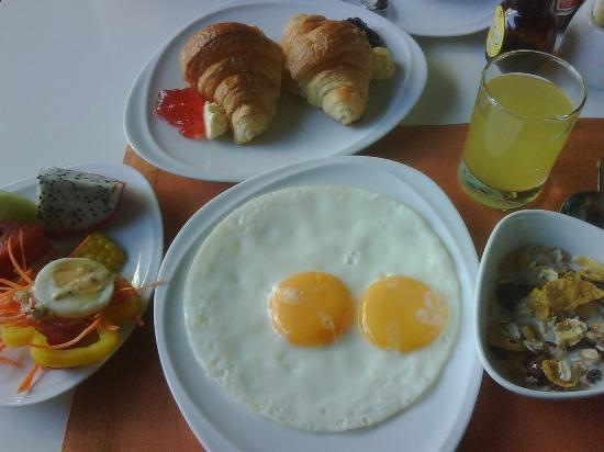 Citichic by iCheck Inn: My Breakfast