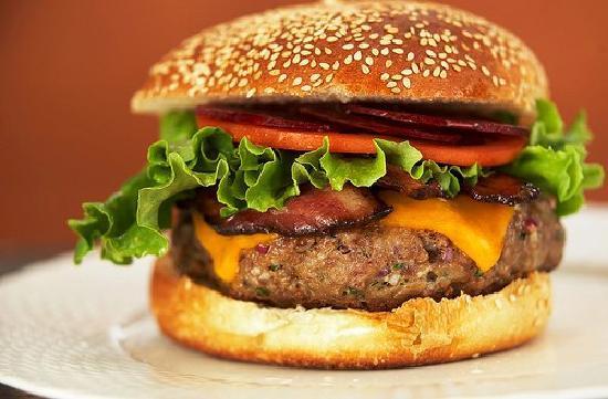 Il Gourmet: Hamburguesa Agnus Bife