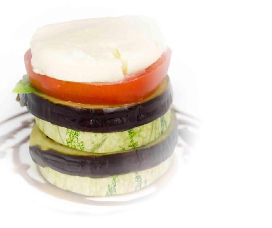 Il Gourmet: Vegetales Caprese