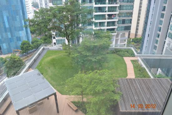 Oasia Hotel Novena, Singapore by Far East Hospitality: View of the garden from my room