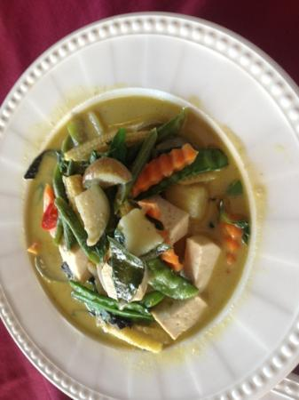 Aye's Restaurant: Vegetarian Green Curry