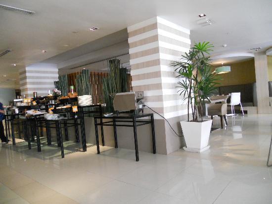 hotel review reviews novotel bangkok fenix silom