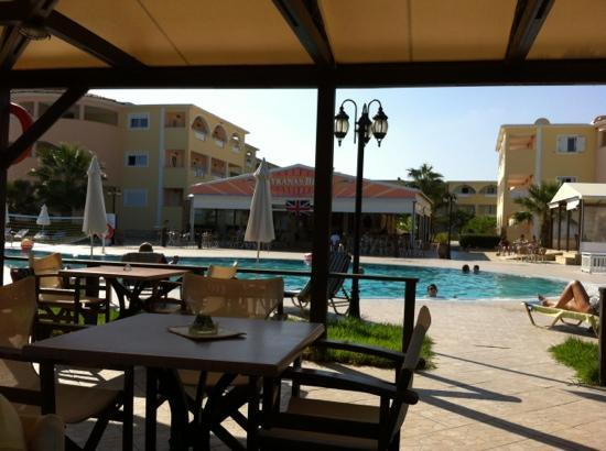 Alykanas Beach Apart-Hotel: amazing!!