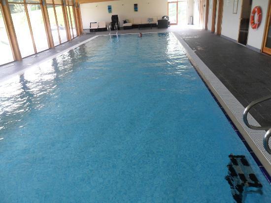 Helsbury Park : Very large swimming pool