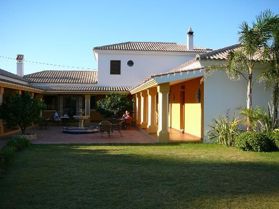 Cortijo Escondido: kamers rond binnenplaats