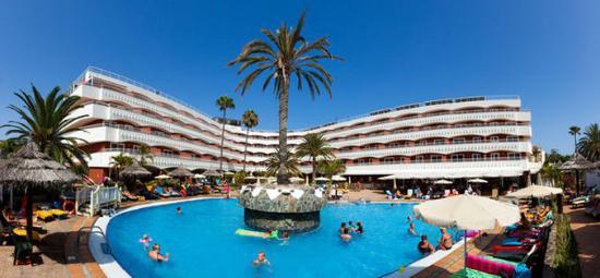 Sol Barbacan Hotel : Normal ASol Barbacan General Pool