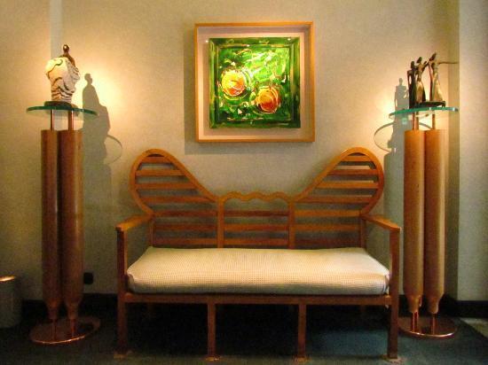 โรงแรมสปัดดาริ อัล ดัวโม: Enterance