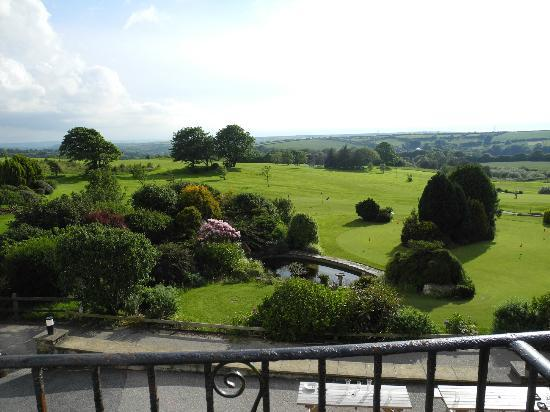 Bowood Park Hotel & Golf Club: View from superior room over golf course