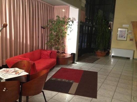 Hotel Verbano 2000: hall