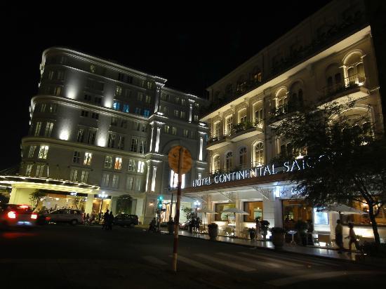 Hotel Continental Saigon: ホテル夜景
