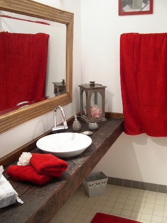 Domaine de la Bélie : All rooms have an en-suite bathroom and private toilets