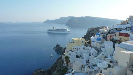 Old Oia Houses: view