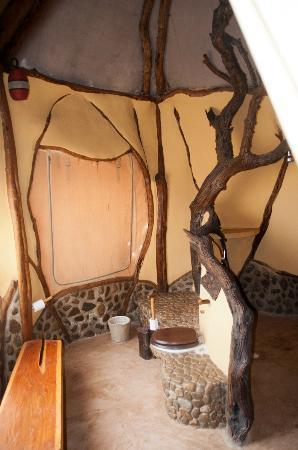 Amani Mara Lodge: Der Duschbereich im Bad