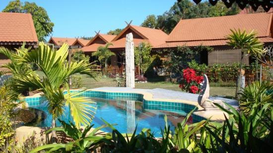 Viang Yonok Hotel, Restaurant, Sports Club: Emerald swimming pool