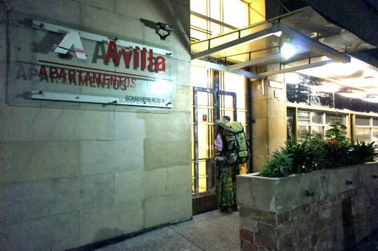 Apartamentos-Hotel Avilla: entrance