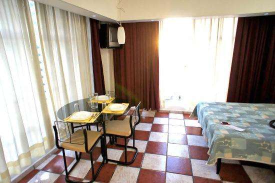 Apartamentos-Hotel Avilla: room