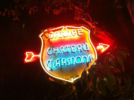 Chateau Marmont: The sign by the entrance