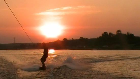 Wakeboarding Thailand Camp: Sunset Cruising