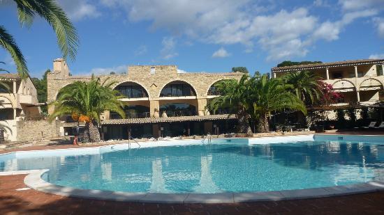 Hotel Costa dei Fiori: Frontview