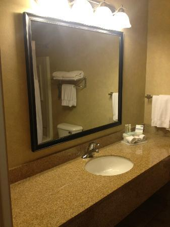 Holiday Inn Express Cedar City: Bad
