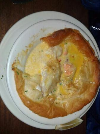 King Eider's Pub : seafood pie...perfect after a day of hiking and kayaking