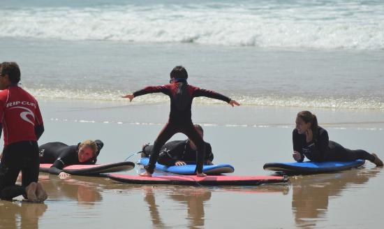 Wavecrest Surf School : Is this how you do it?
