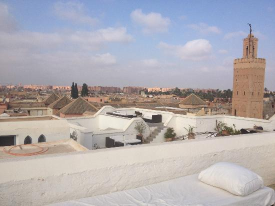 Riad el Ouarda: This was our faviourite place at our faviourite time of day (sunset). The rooftop of Riad el Ou