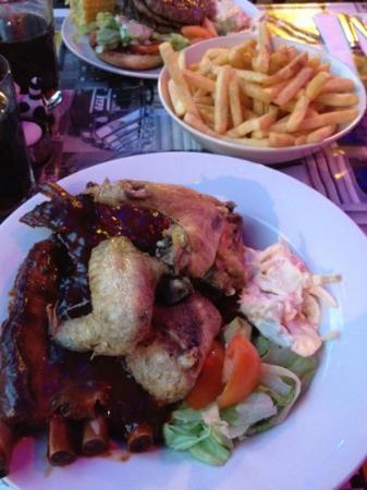 Buddiez American Diner & Grill